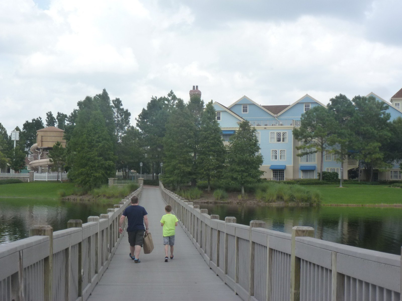 How to get a great deal Staying on site a Walt Disney World