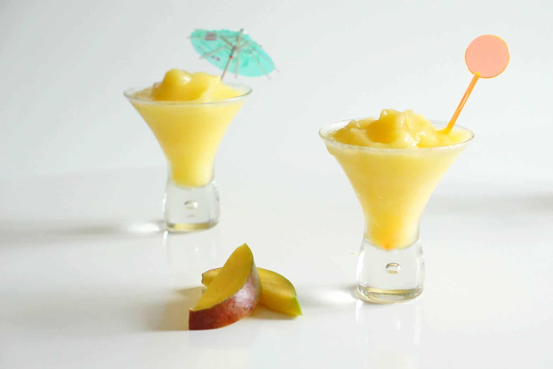 Frozen Mango Daiquiri Cocktail, a delicious frozen cocktail