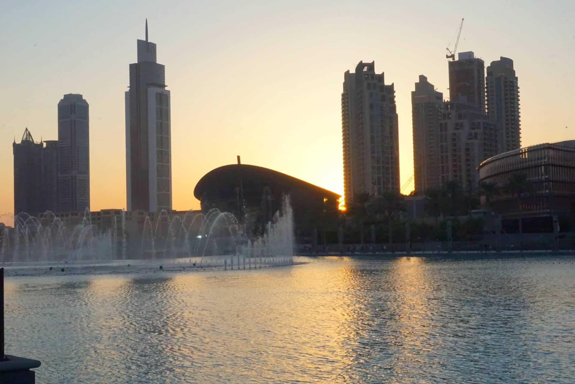 Downtown Dubai At Dusk The Best Time To See The Dubai Fountains www.extraordinarychaos.com
