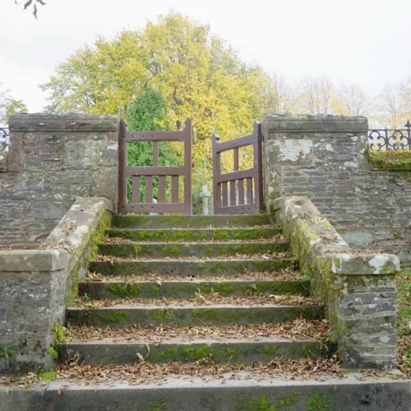 A Walk Around The Village Of Luss
