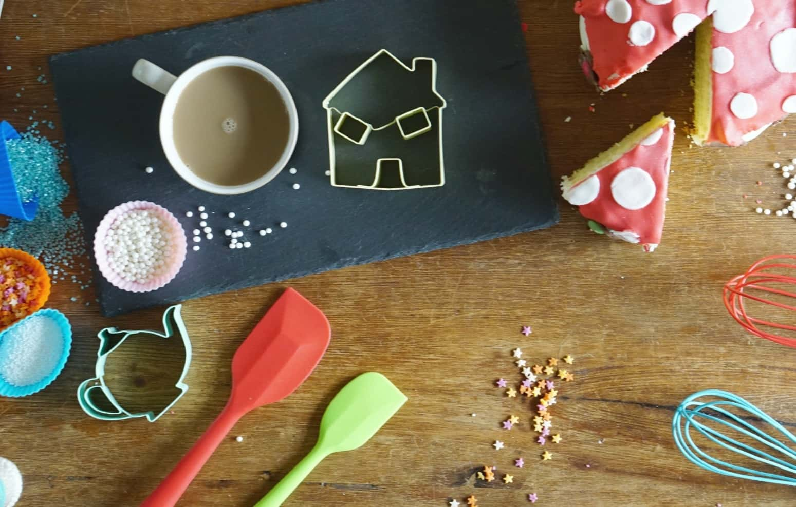A Day Baking Cakes In London With L&C