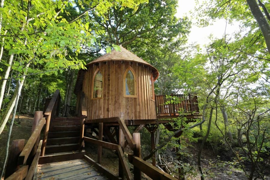 Three Luxury Glamping Experiences In The UK www.extraordinarychaos.com