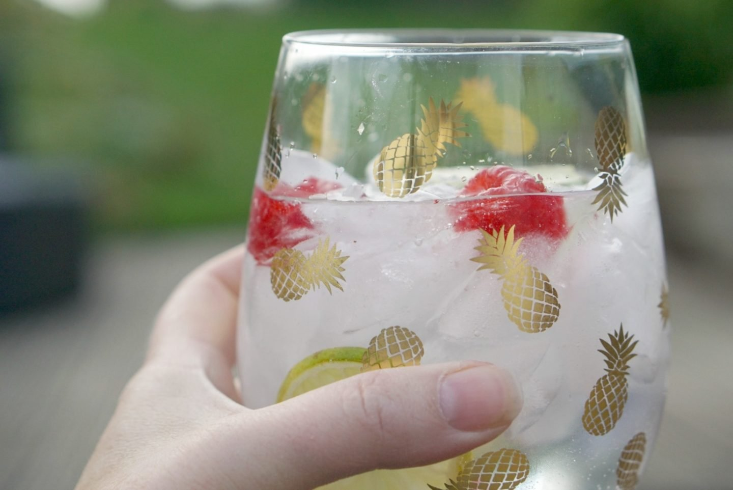 Pineapple Glasses and summer cocktails www.extraordinarychaos.com