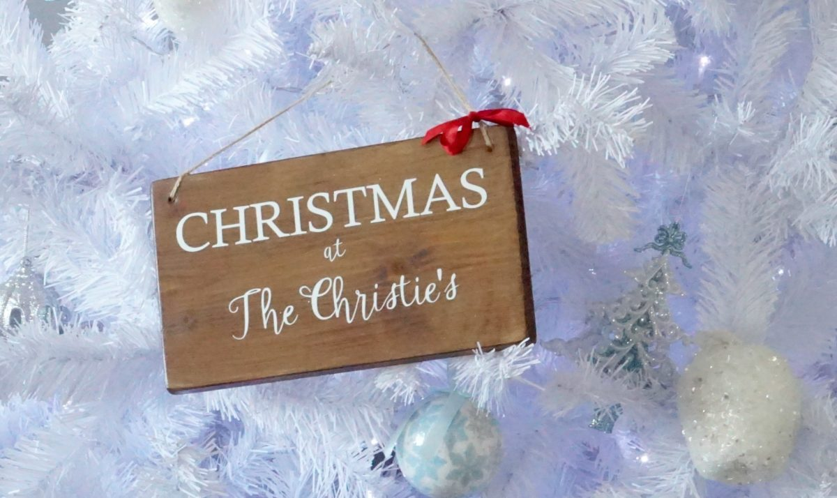 Sign with Family Name for Christmas