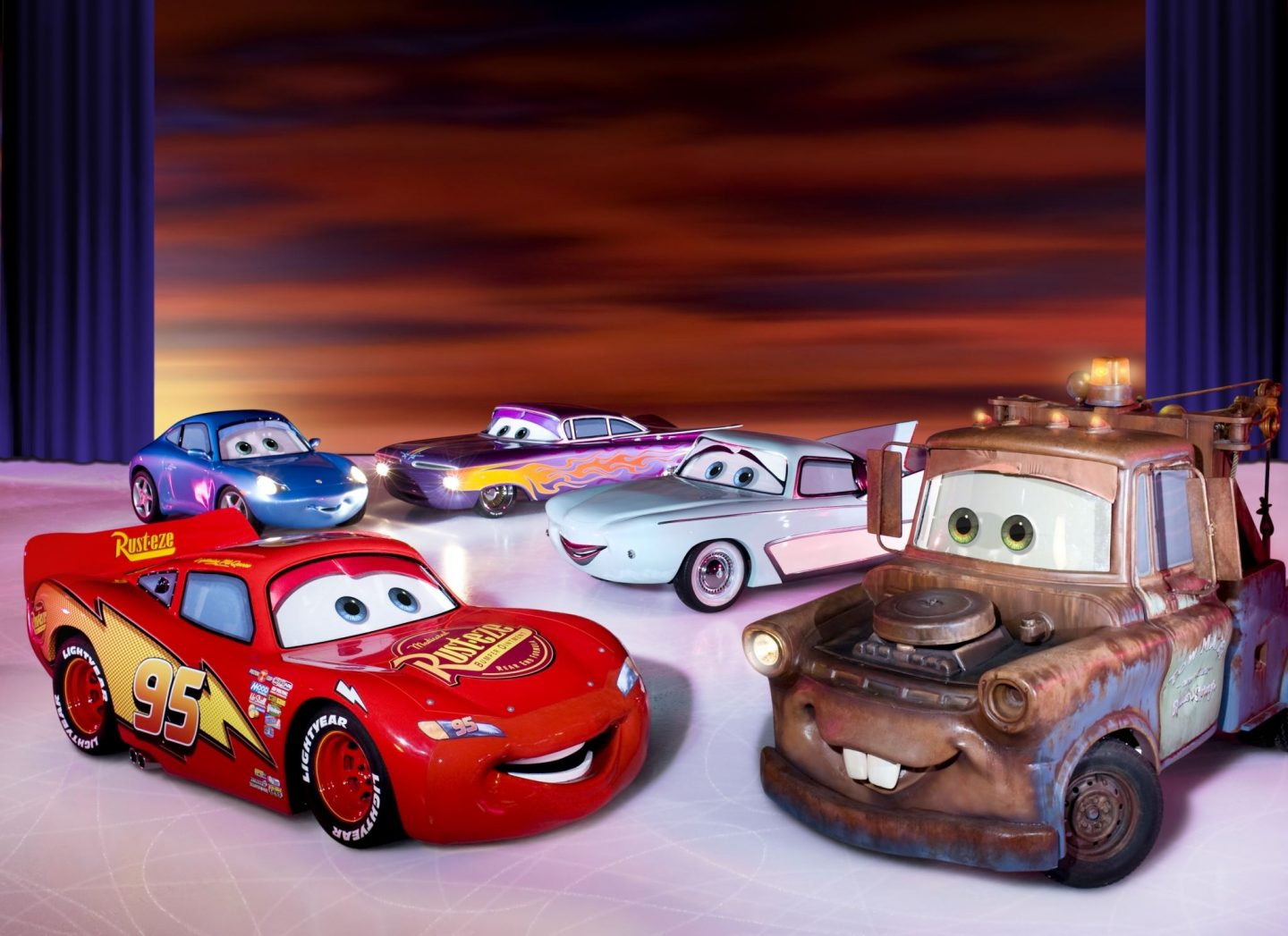 Cars, World of Enchantment, Disney On ICE