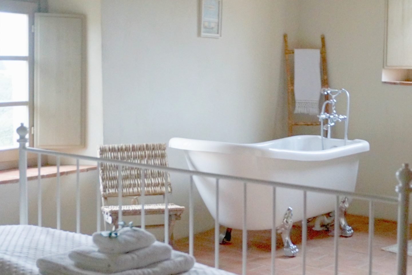 Freestanding Bath at Booking For You Country Relais & Spa Le Capanne is a 100+ year old farmhouse www.extraordinarychaos.com