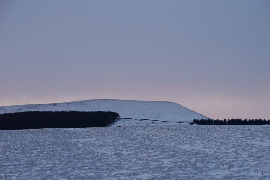 Pendle Hill in the snow at sunset www.extraordinarychaos.com