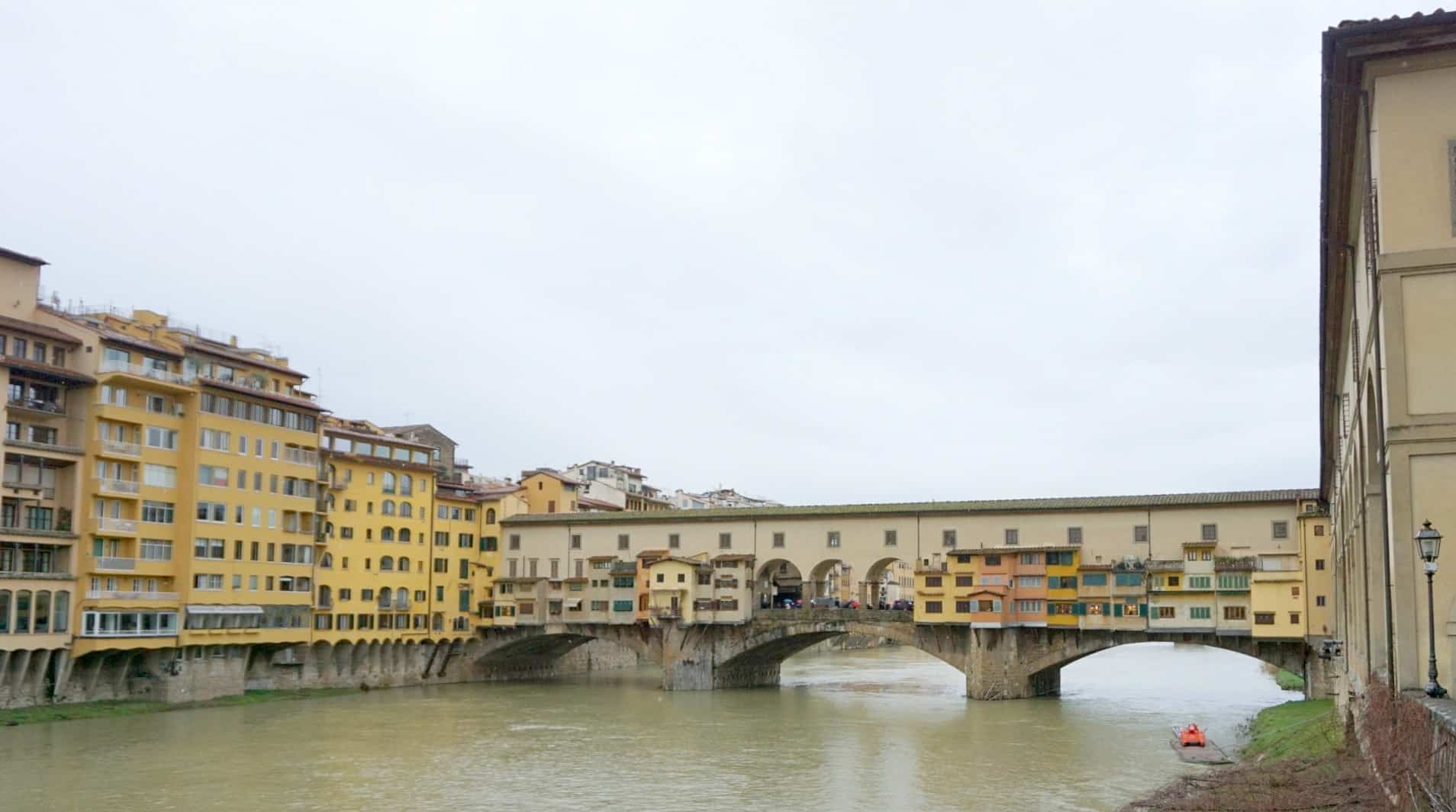 A guided tour can be tailored around the Ponte Vecchio Bridge