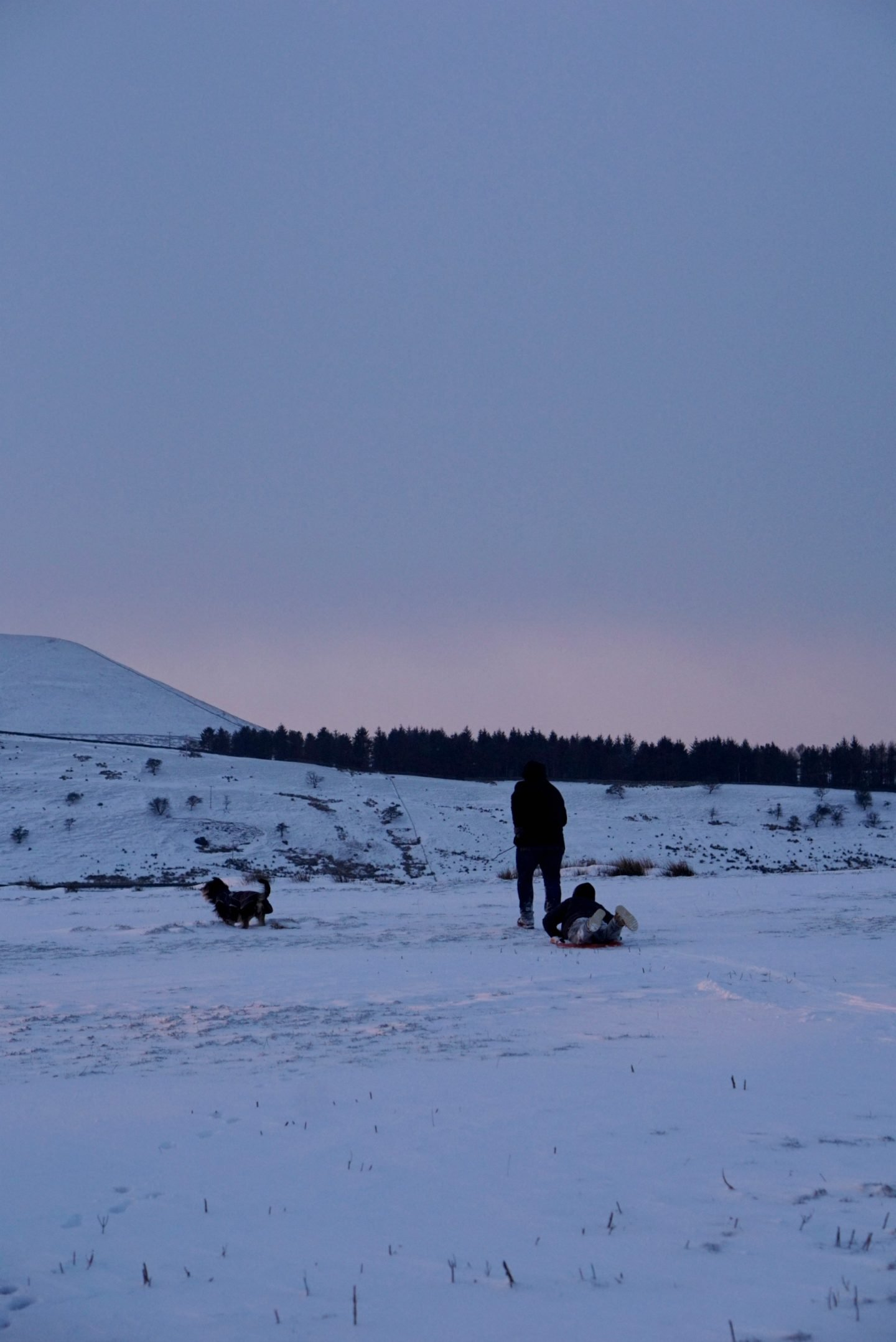 Snowy walk at the foot of Pendle Hill www.extraordinarychoas.com