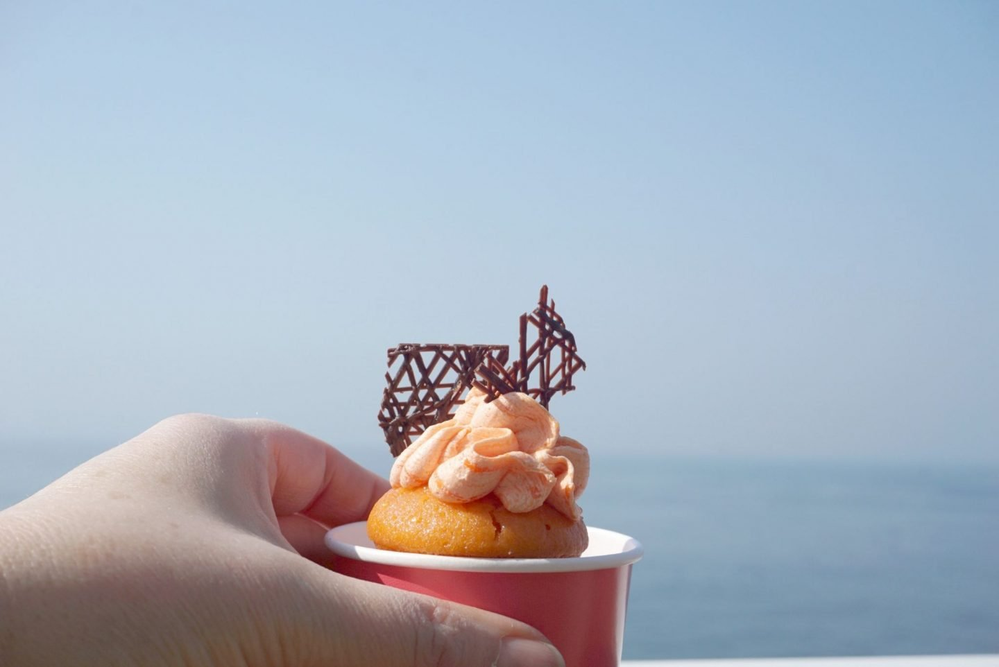 Cup cake on the Norwegian Bliss www.extraordinarychaos.com