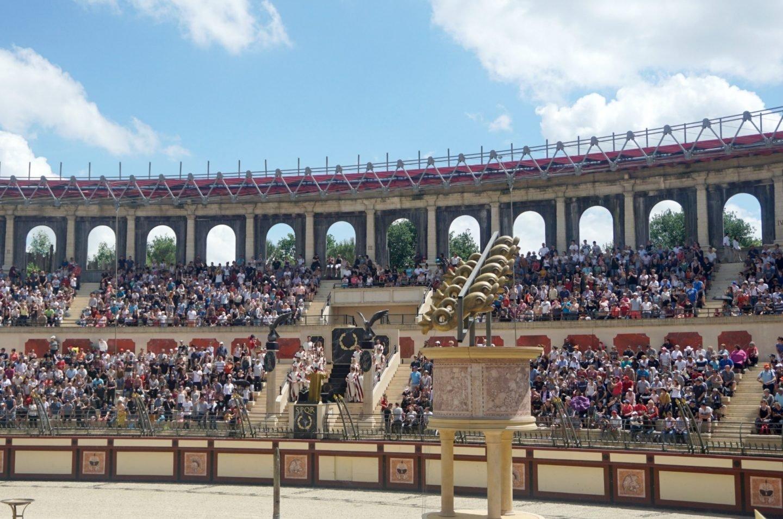 Gladiator show at Puy Du Fou www.extraordinarychoas.com
