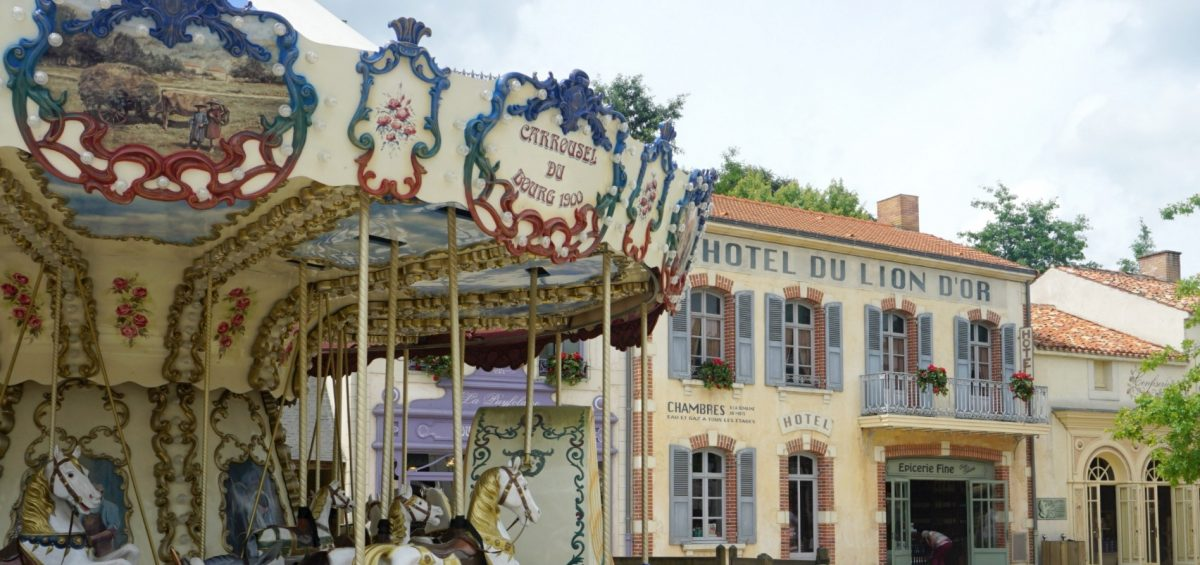 The French Village the perfect place to enjoy lunch at Le Bistro at Puy Du Fou www.extraordinarychoas.com