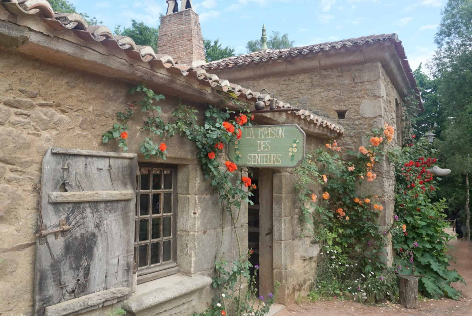 What to do at Puy Du Fou with kids