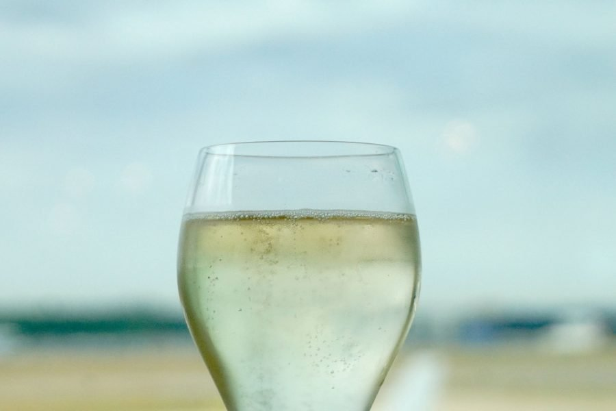 Lounge and parking review Gatwick Airport