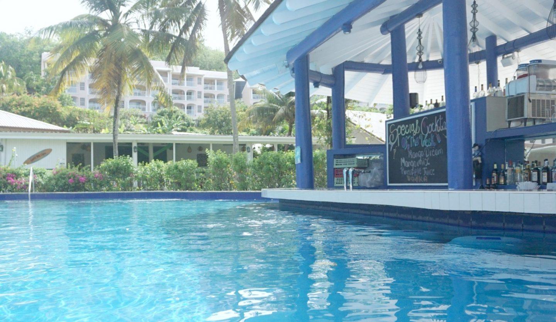 Adults pool and swim up pool bar at St James Club