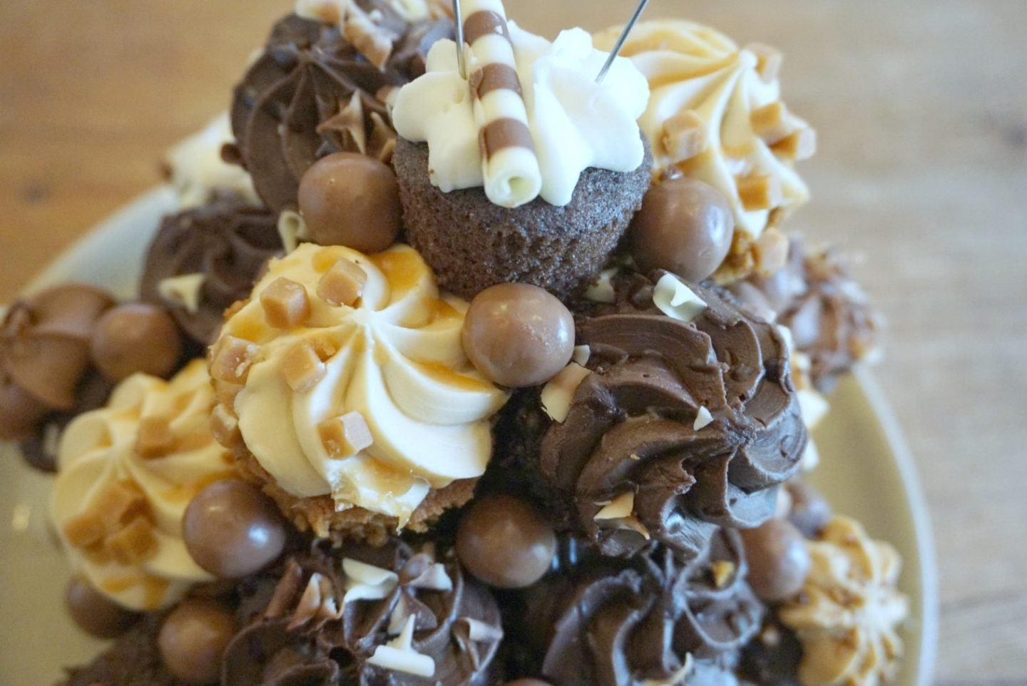 Chocolate Cake Made From Cup Cakes www.extraordinarychaos.com
