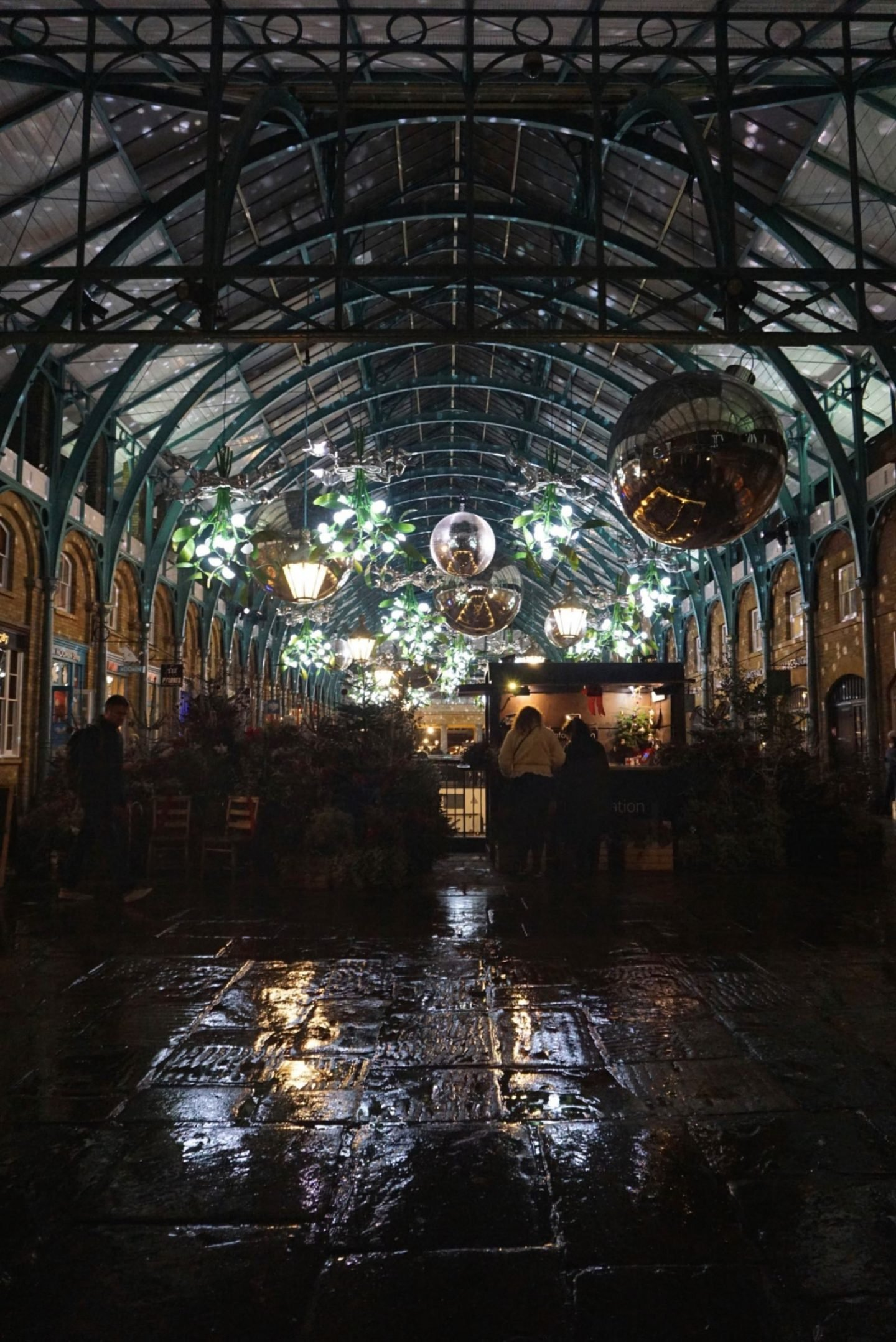 Covent Garden in the rain, festive instagramable places in london