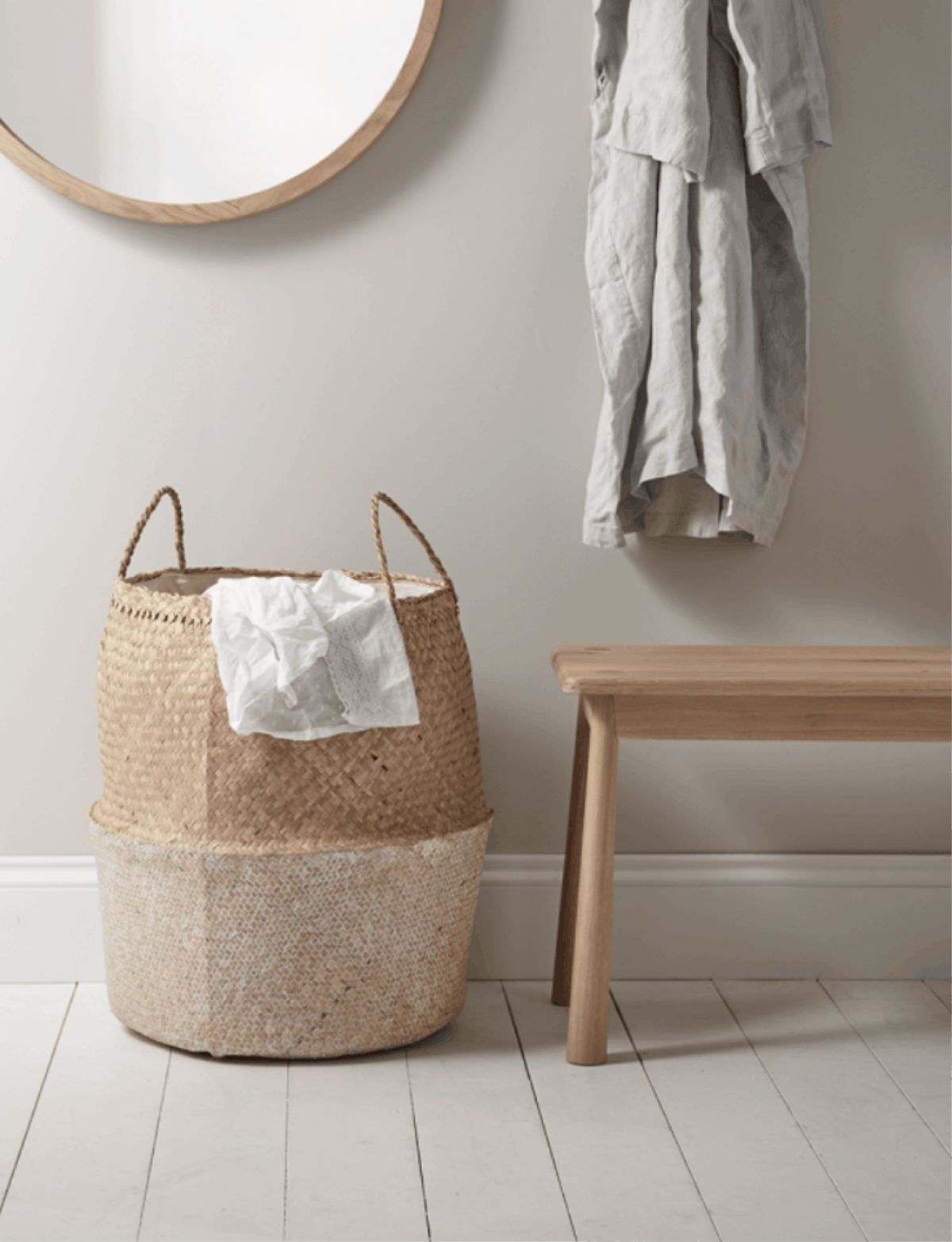 Personalising a bathroom with accesories