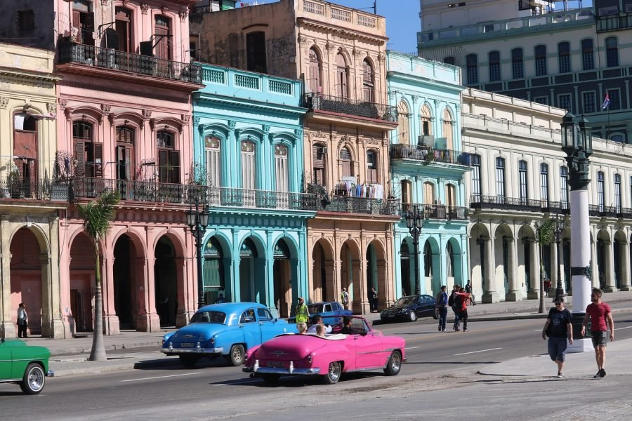 architecture- in Cuba, family holidays