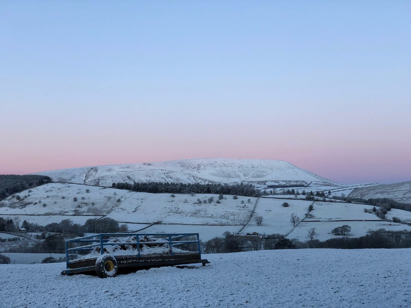 Pendle-Hill-In-The-Snow