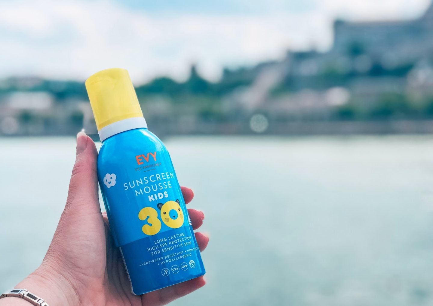 Evy mousse sunscreen