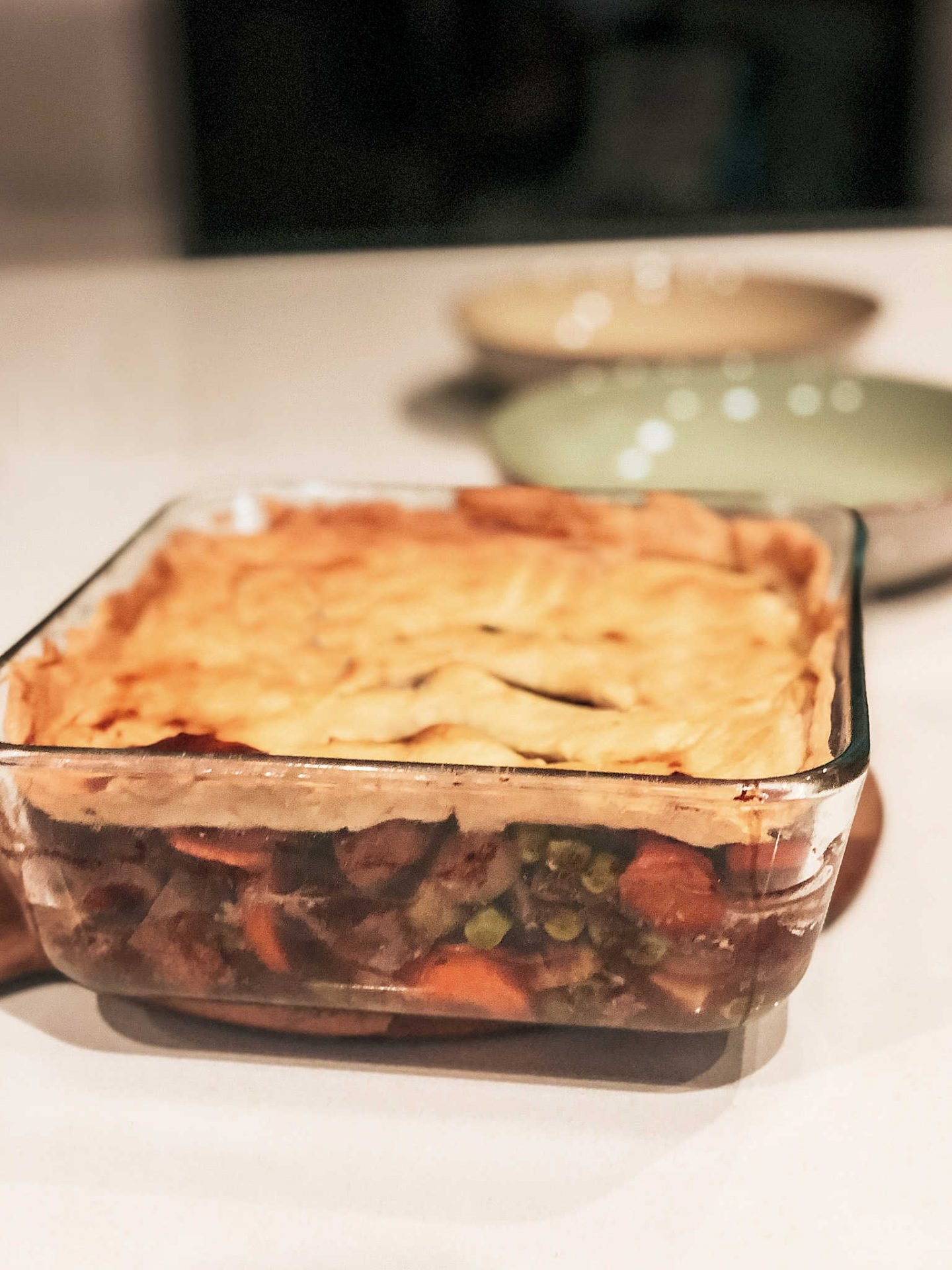 How to make a delicious hearty chicken leftovers pie.