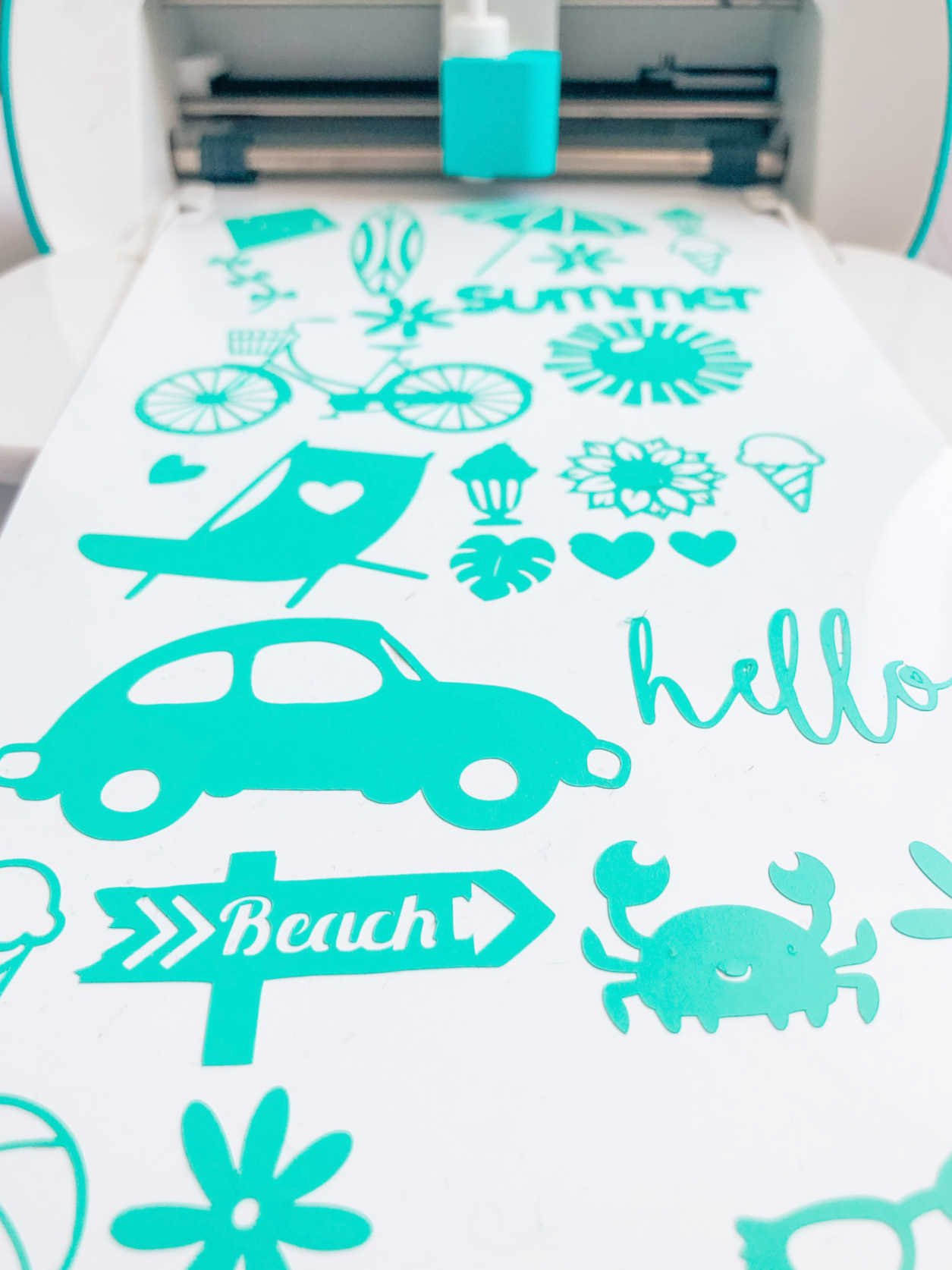 Make Cricut Vinyl Stickers
