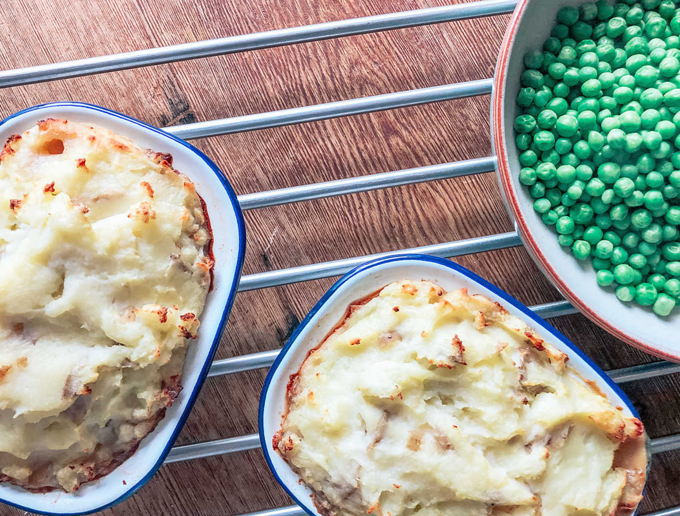 Ultimate Slow Cooker Steak And Ale Pie Recipe With Cheesy Mash