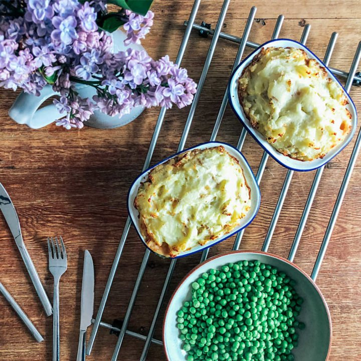 how to make a pie with cheesy mash