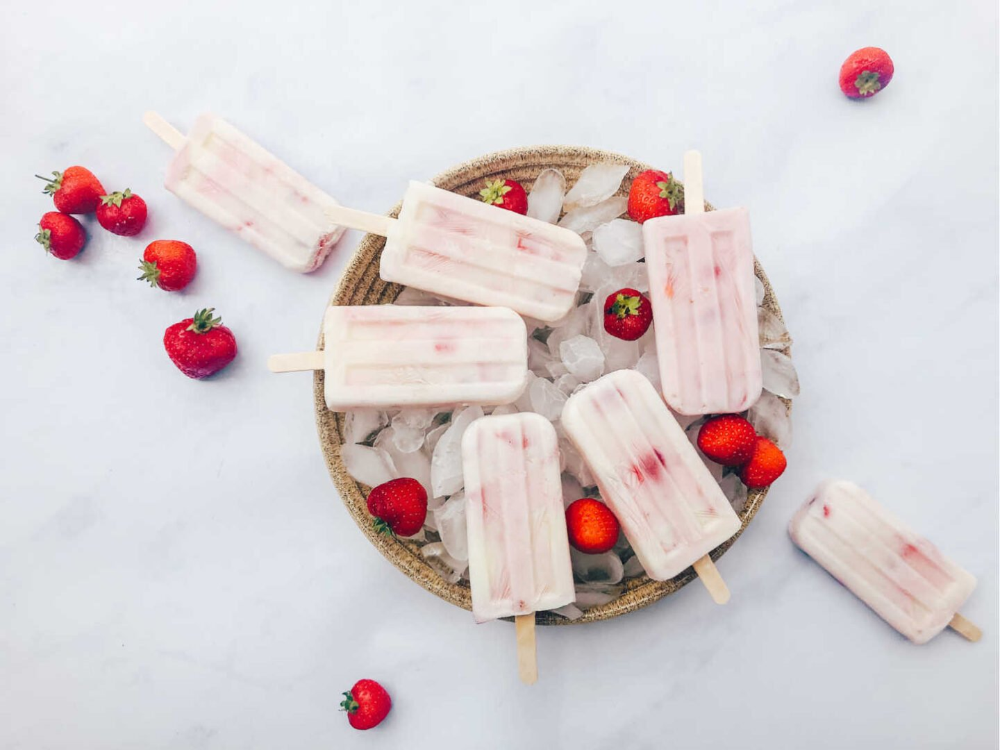 Easy Recipe For Frozen Strawberry Yoghurt Ice Lollies