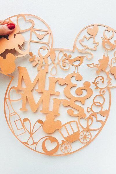 Mr and Mrs Mickey Mouse Free Png Cut File for Weddings_