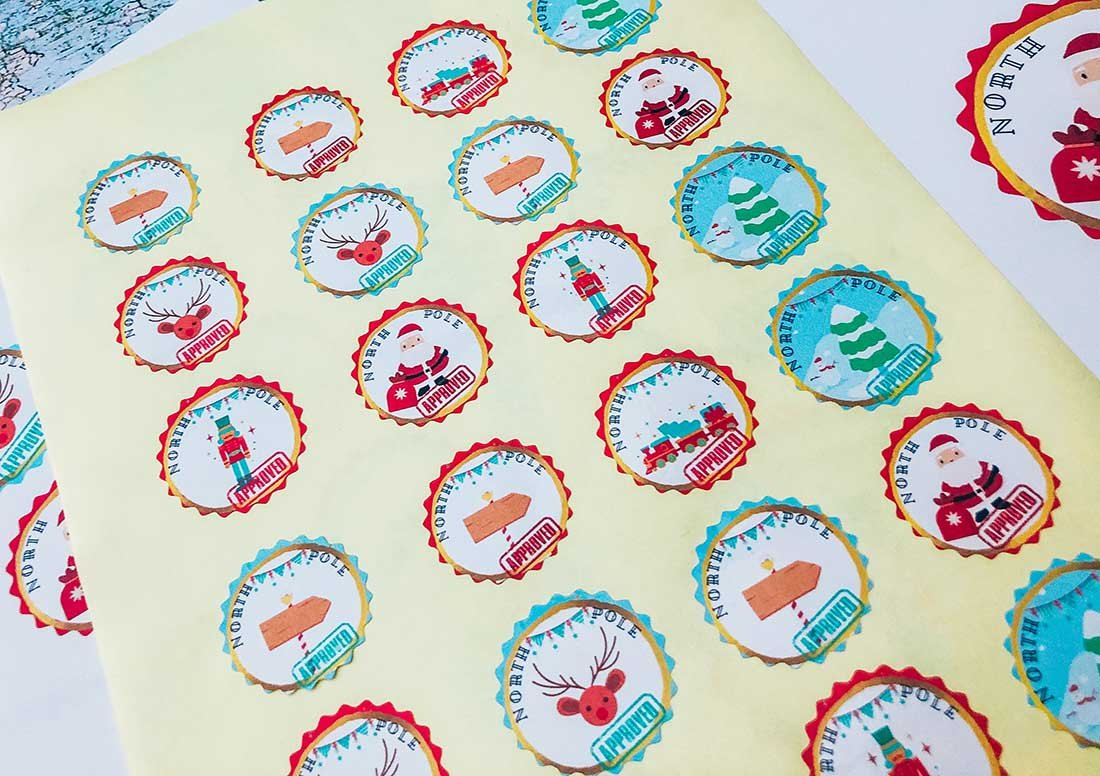 Free downloadable Christmas stickers for christmas wrapping