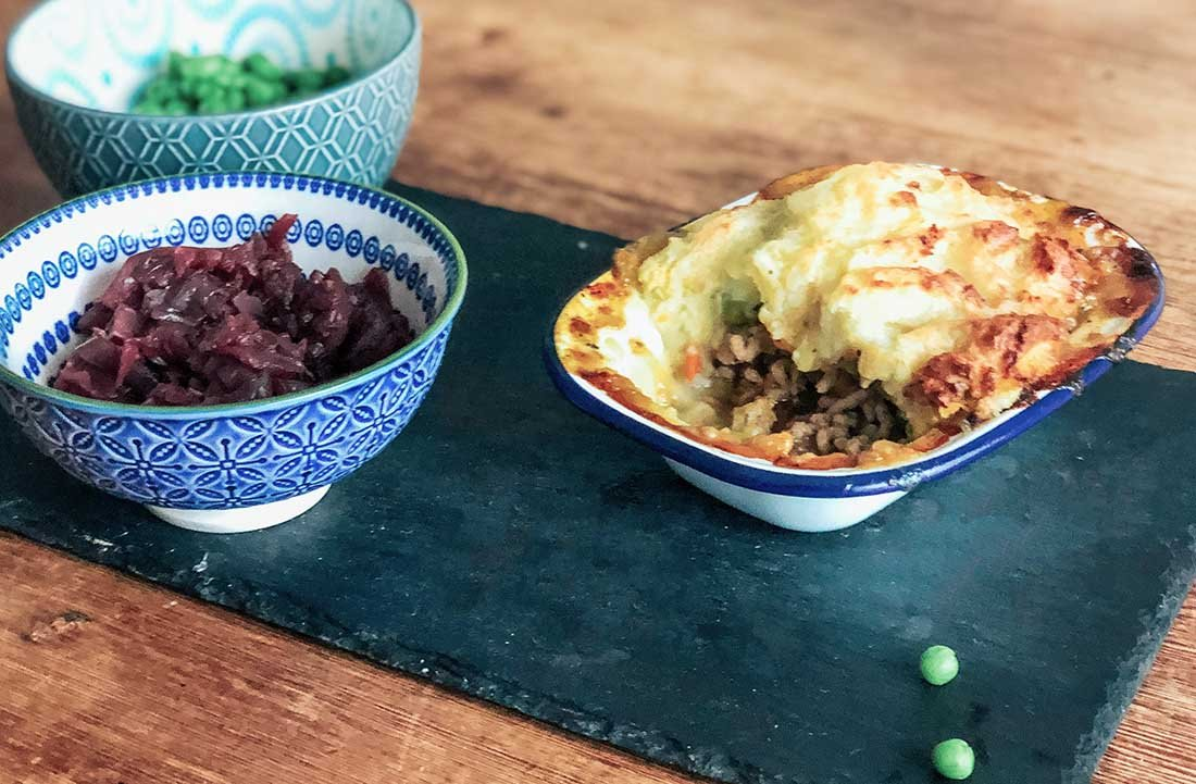 How to make and easy minted lamb shepherds pie