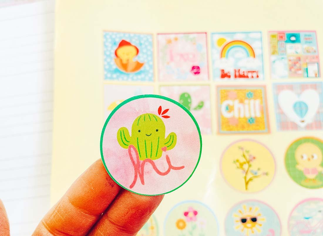 How to make stickers with Cricut and Cricut print and cut