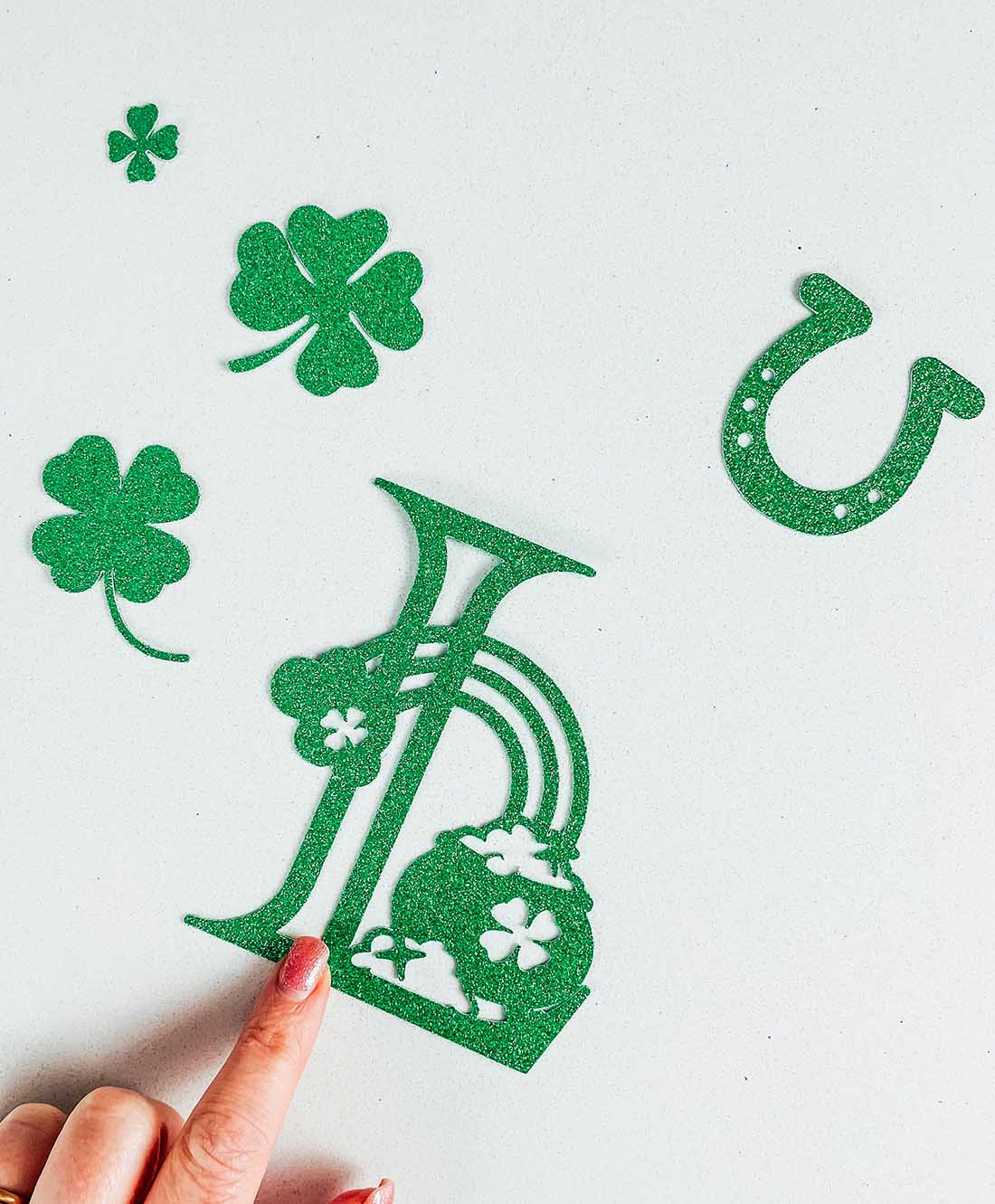 Creating A St. Patricks Day Crafts With Cricut