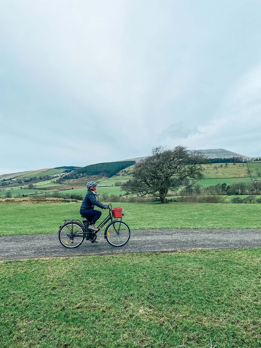 Review of a womens electric bike for the countryside