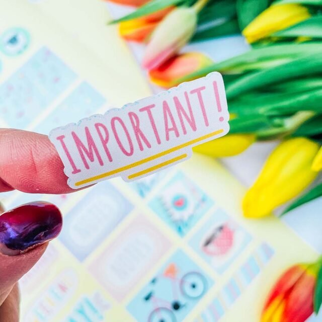 Free downloadable Spring planner stickers for planners and bullet jounals