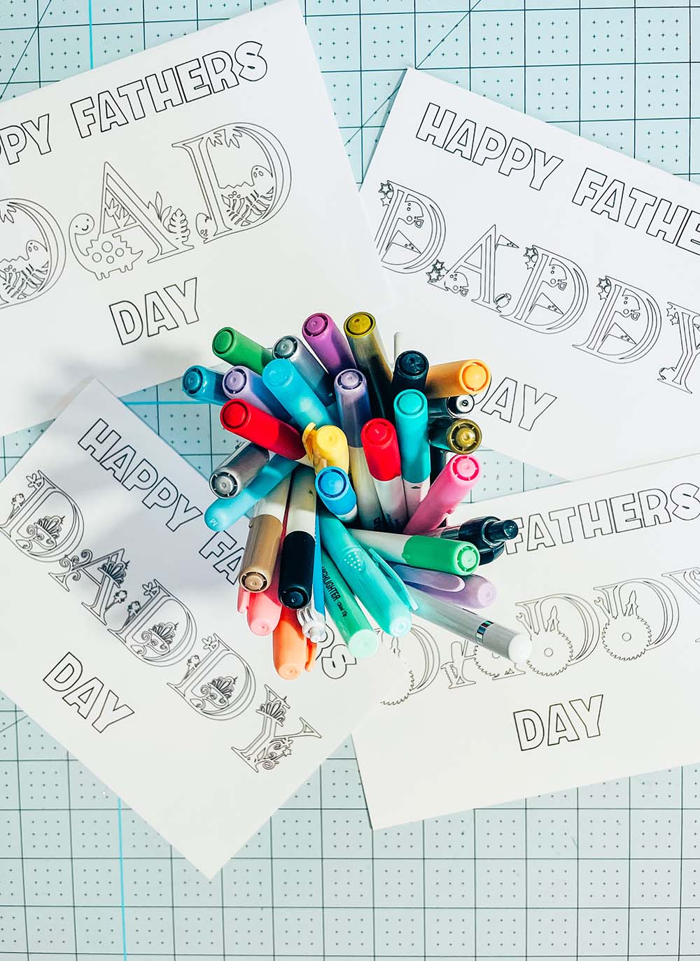 8 Free Themed Printable Fathers Day Cards